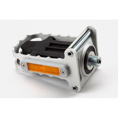 Brompton folding right hand aluminium pedal
