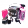 MUC-OFF 8 in 1 bicycle cleaning kit