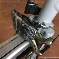 Front reflector including bracket for your Brompton - new Wire form version