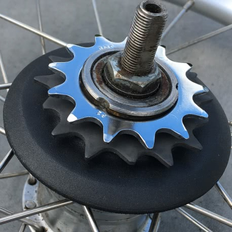 Brompton SACHS 6 speed sprocket set with 13T sprocket installed