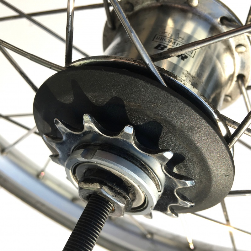 Brompton BSR hub with sprocket installed