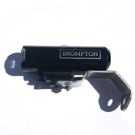Brompton Cateye Volt 400 front light and bracket - left hand side