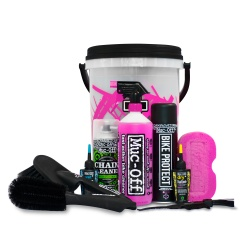 Muc-Off Bucket Cleaning Kit - showing contents