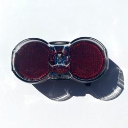Flat Senso battery rear light by Busch + Müller - Front
