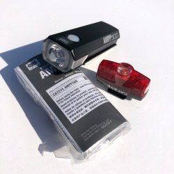Cateye AMPP 500 front and RAPID MINI rear light set - rechargeable - Contents