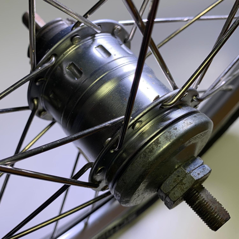 Sachs hub - top view